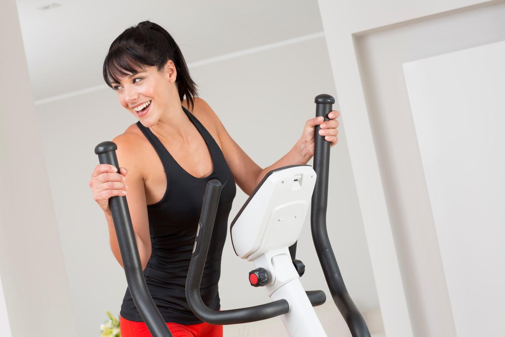 ar galima sportuoti elipsiniu treniruokliu su hipertenzija